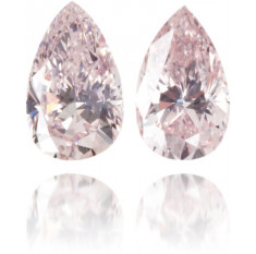 Natural Pink Diamond Pear Shape 0.28 ct Set