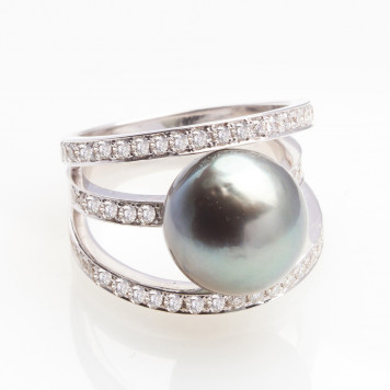 Tahiti Pearl and Diamond Ring