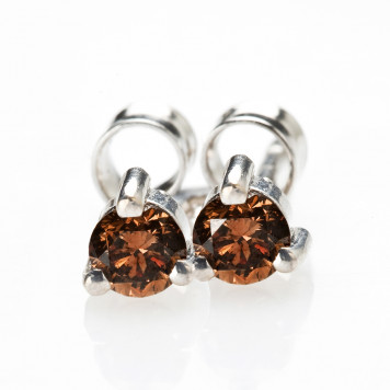 Three-prong Chocolate Diamond Earrings