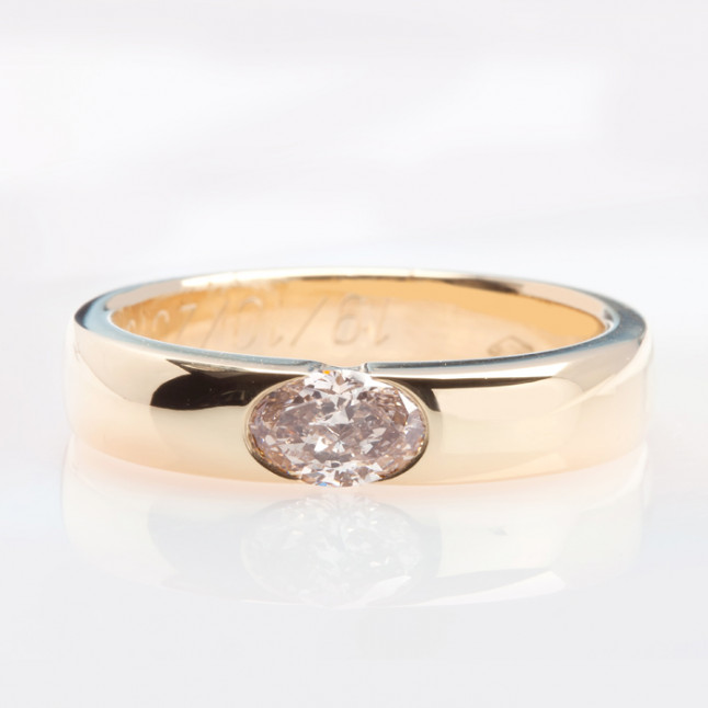 Champagne Diamond Mounted in 18k Yellow Gold