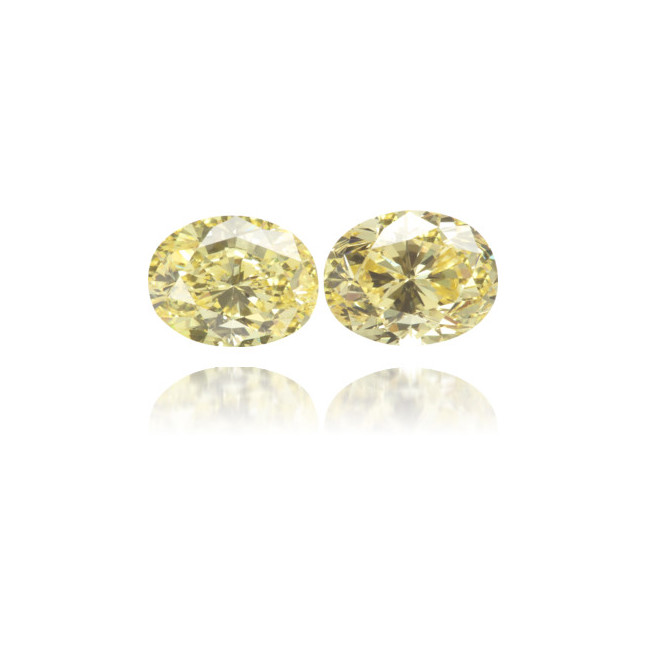 Natural Yellow Diamond Oval 1.33 ct Set
