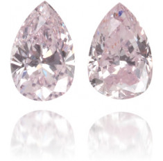 Natural Pink Diamond Pear Shape 0.31 ct Set