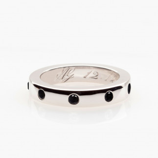 Black Diamond Mêlées Wedding Band