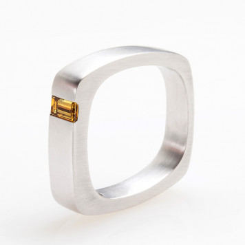 White Gold Ring with an Emerald Cut Olive Diamond