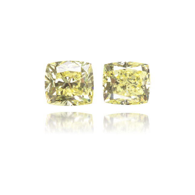 Natural Yellow Diamond Cushion 0.69 ct Set