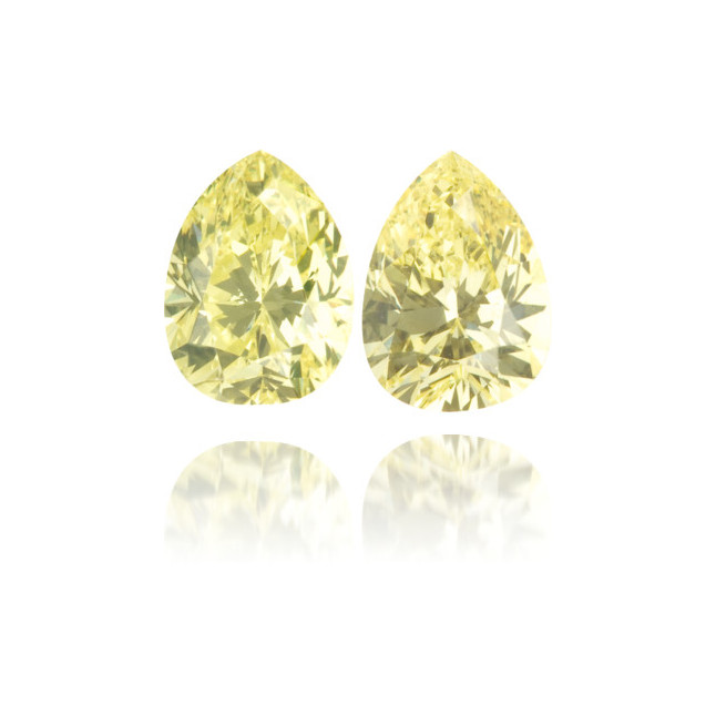 Natural Yellow Diamond Pear Shape 1.02 ct Set