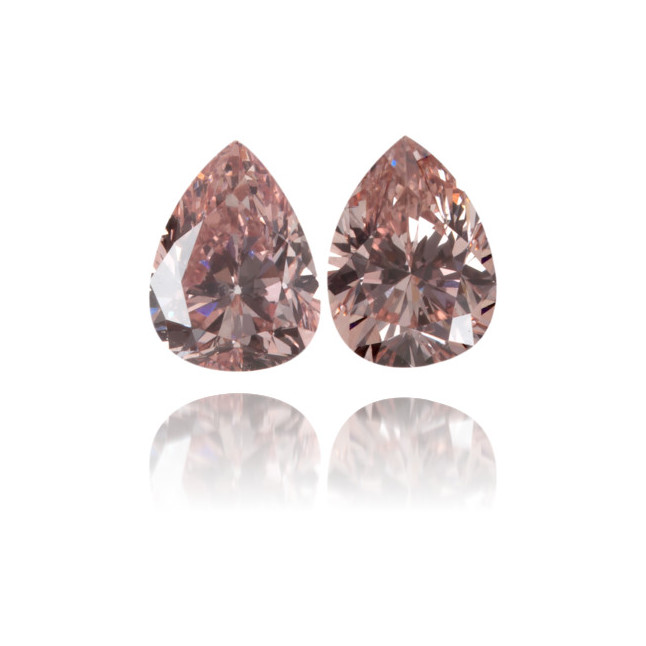 Natural Pink Diamond Pear Shape 0.47 ct Set