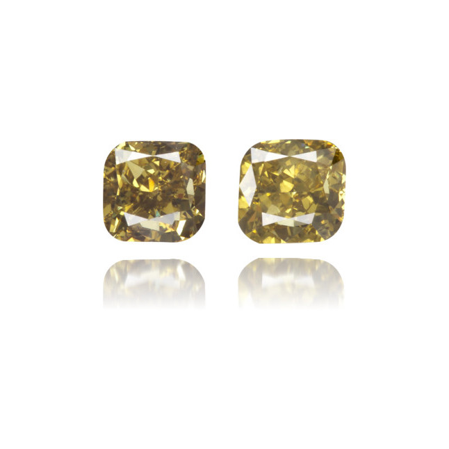 Natural Green Diamond Square 0.36 ct Set