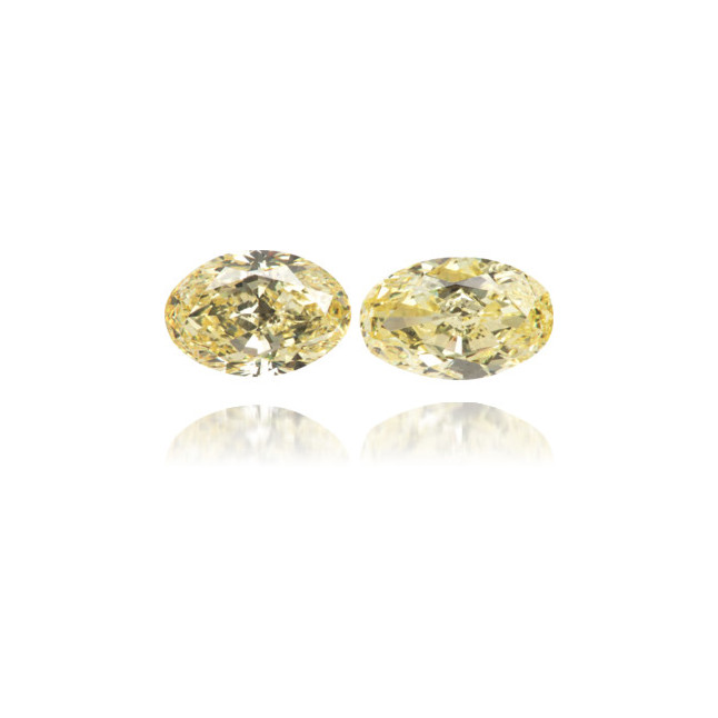 Natural Yellow Diamond Oval 2.18 ct Set