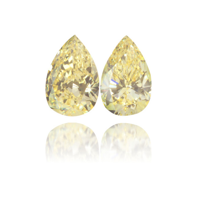 Natural Yellow Diamond Pear Shape 1.15 ct Set